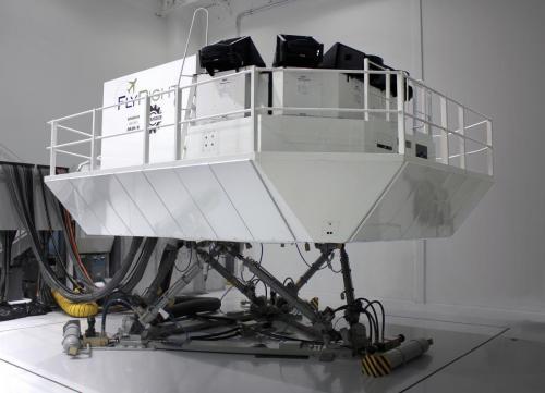 Bombardier Dash 8 Side Profile