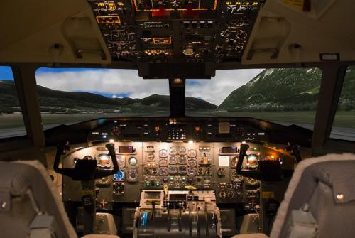 Dash 8 simulator Cockpit